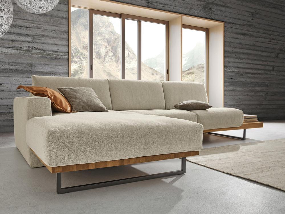sofa helsinki in leder oder stoff mit holz m bel waeber webshop. Black Bedroom Furniture Sets. Home Design Ideas